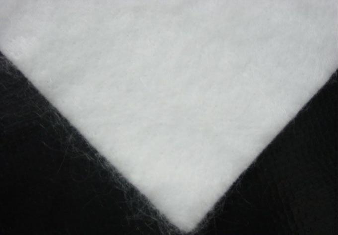 White Color PET Geotextile Stabilization  Fabric Non Woven Light weight UV Resistance