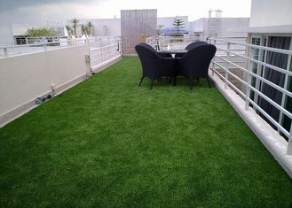 China Balcony Artificial Turf Grass , Artificial Putting Turf 10mm~60mm Pile Height supplier